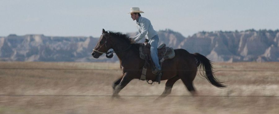 Fact leads to fiction in Chloé Zhao's 'The Rider'