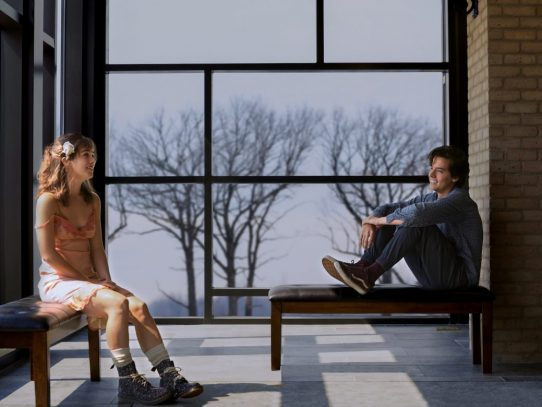 'Five Feet Apart' and the disturbing sick teenager trend in YA fiction